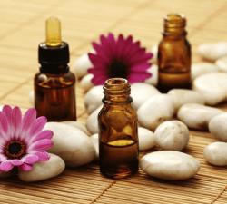 שמן המפ וקוסמטיקה - שמן המפ קוסמטיקה טבעית לבריאות העור קוסמטיקת קנאביס