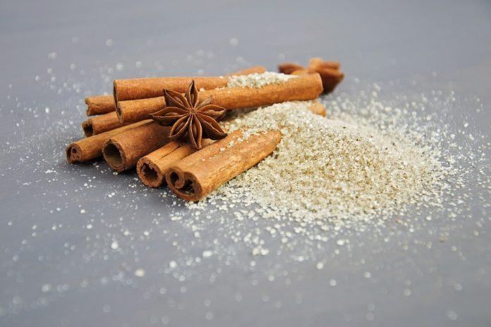 שמן קינמון - שמן קנאביס יתרונות בריאותיים של שמן הקינמון